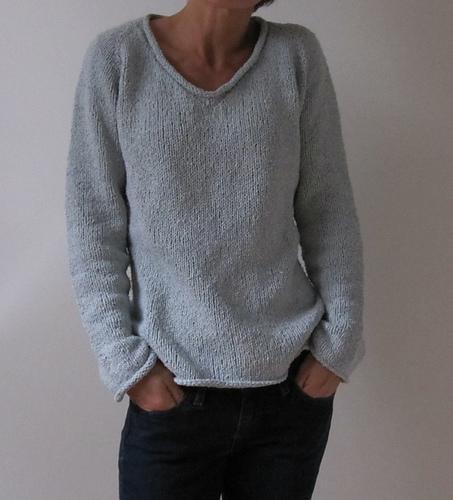 Cropped V-Neck Raglan Knitting Pattern knit cropped ladies/' women/'s heavy worstedaran weight v-neck raglan pullover sweater PDF pattern