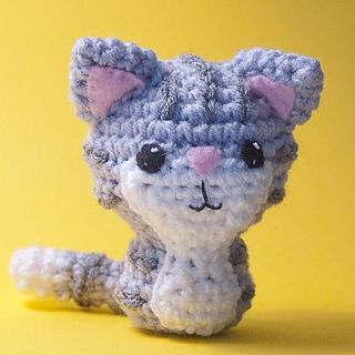 9 Crochet Cat Patterns -Amigurumi Tips - A More Crafty Life | 320x320