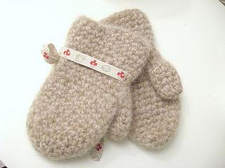varm-og-god-votter (toddler mittens) by m.i.l.c.h.schaum