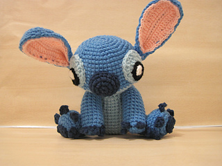Free and Easy Amigurumi Crochet Patterns by Dendennis | 240x320