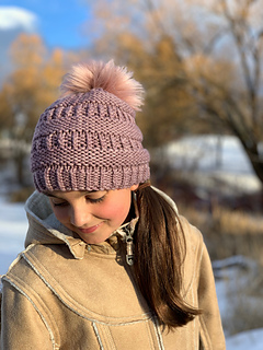Shown in PDS Big Sky Bulky in Sawtooth.