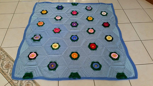 Blanket made using the March Flower Pattern by Lorraine.