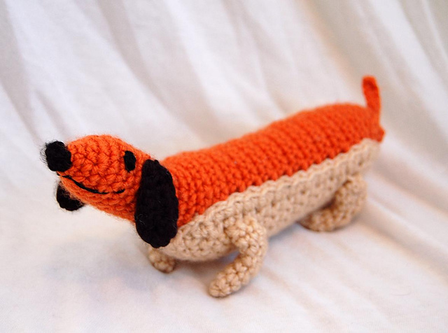 Hot Dog Amigurumi Crochet Pattern ⋆ Crochet Kingdom | 476x640