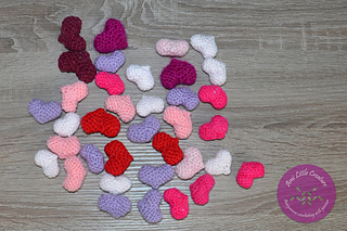 Owlishly: Corazoncitos, free amigurumi heart pattern (in 3 sizes!) | 213x320