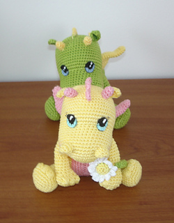 Valentin, The Baby Dragon - Amigurumi Pattern - Delicious Crochet | 320x250