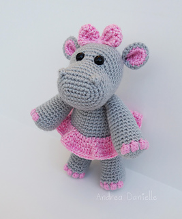 Crochet hippo amigurumi pattern | Amigurumi Space | 320x267