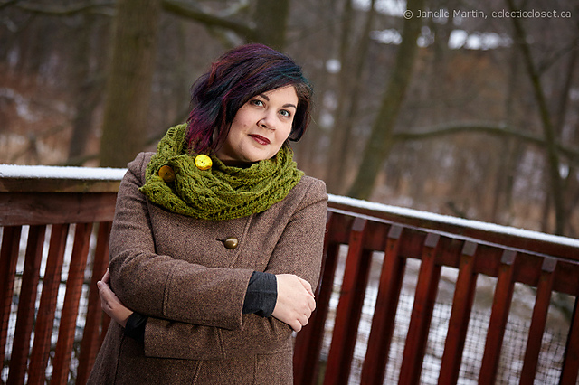 Indie Design Gift Along 2020 Favourite Cowl Patterns- foxy stripes cowl in green by Janelle Martin
