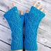 Lacy Blue Wristwarmers pattern