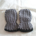 Thumbless Baby Mitts pattern