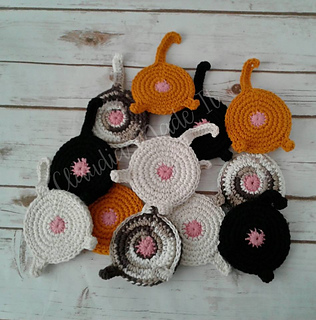 Gray Cat Coaster from Crocheted Fashion | Crochet coaster pattern ... | 320x316