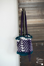 Queen of Hearts Drawstring Bag crochet pattern
