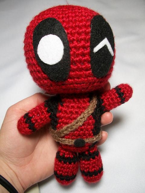 Captain Marvel Free Crochet Pattern | Crochet disney, Crochet ... | 640x480
