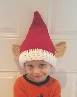 Crocheted and photographed by the talented Gayle Roy and modeled by her adorable grandson. Weston.