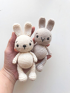Rose the Rabbit Free Amigurumi Pattern | Jess Huff | 320x240