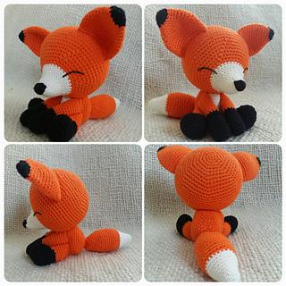 Sleeping fox amigurumi pattern | Amiguroom Toys | 320x320