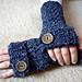 Easy Textured Fingerless Gloves pattern