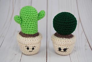 13 Spunky Crochet Cactus Patterns | 214x320