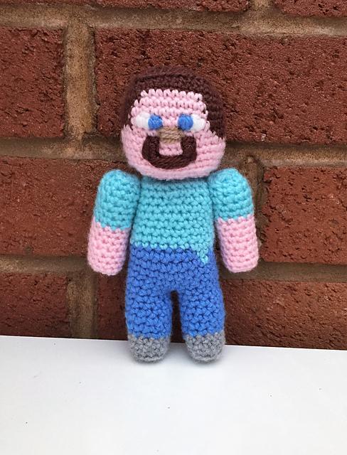 Crochet Patterns Galore - Steve Minecraft Blanket | 640x488