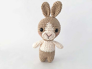amigurumi Crochet bunny rabbit toy rattle Crochet baby Toy gift toy  rattle baby toysbaby toys rattle - AliExpress   240x320