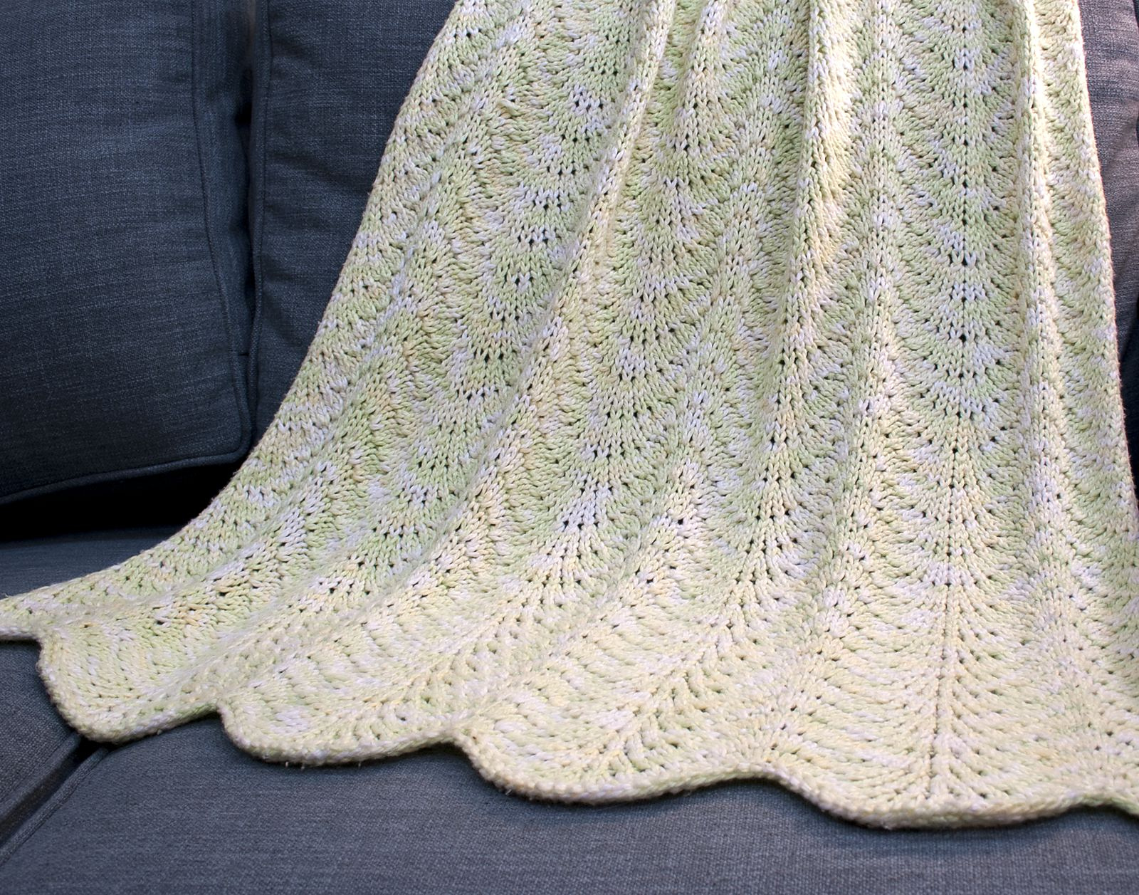 100 cotton knit blanket in worsted weight Blue sky yarn - free knitting pattern