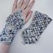 Basic Granny Dragon Fingerless Gloves pattern
