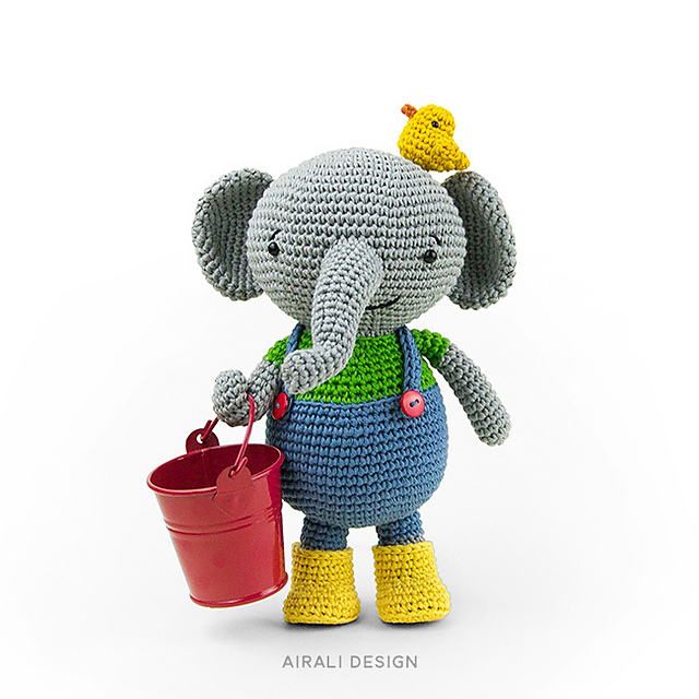Beautiful Lady Crochet Elephant | Crochet elephant, Crochet ... | 640x640