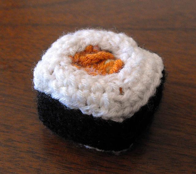 A Little Fish Free Crochet Pattern | Crochet patterns amigurumi ... | 570x640
