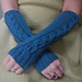 Cwtchy Cable Armwarmers / Wristwarmers pattern
