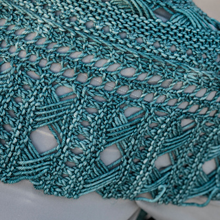 Fabric of bottom trim and body of Shawlette