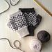 Rhombi Mitts pattern