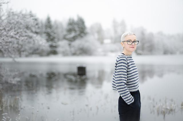 Три возраста твида: вязаные модели на зиму и весну, фото № 18