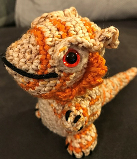 Crochet bearded dragon - Quick someone make this for my kids ... | 320x276
