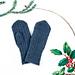 December Mitten pattern