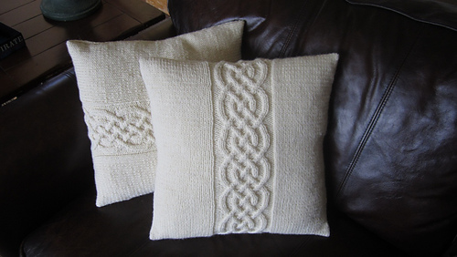 Ravelry Celtic Knot Pillow Cover Pattern By Ladyshipdesigns