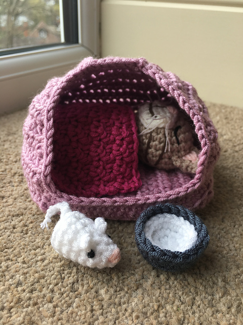 Crochet Cat Cave Lots Of Ideas That You Will Love | The WHOot | 640x480