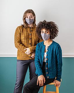 Kiley (L) wears Aubree in Honeycomb and Anaïs (R) wears Aubree in Harbor / Photographer: Danie Harris