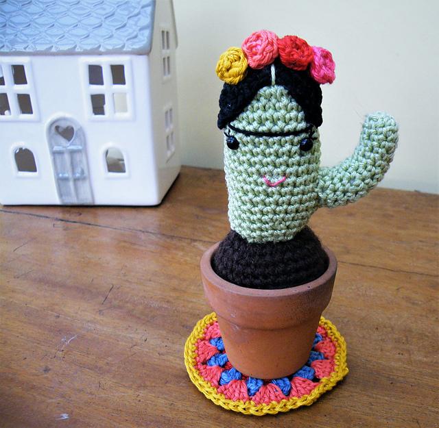 Image result for crochet mexican cactus rug   Ganchillo amigurumi ...   625x640