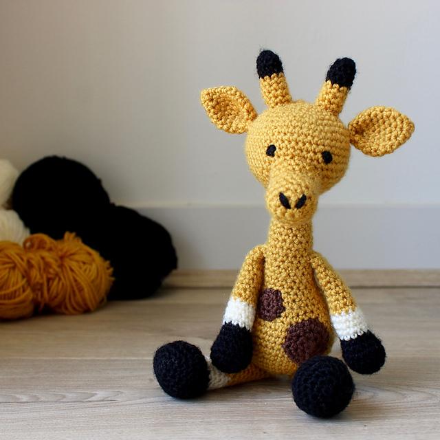 Amigurumi crochet giraffe pattern | Amiguroom Toys | 640x640