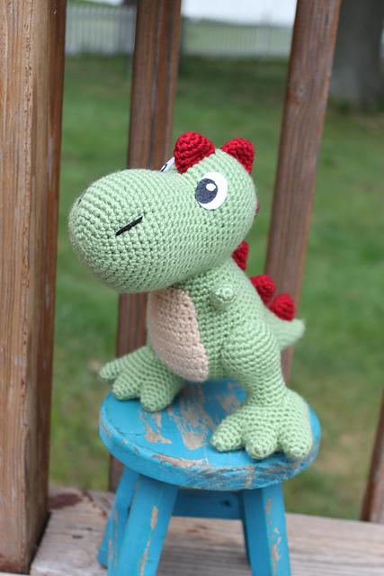 Un Dinosaurio que te robará el corazón <3 | Otakulandia.es | 640x427
