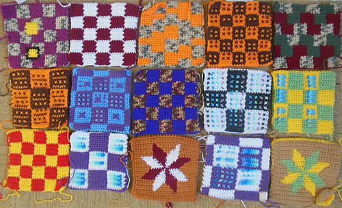 Collection (first try-outs) in acrylique for a blanket / Verzameling (eerste uitprobeersels) met acryl voor een deken