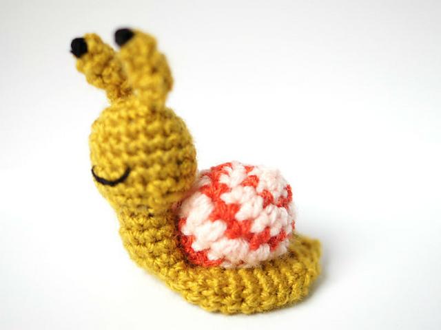 Feito a Mano - WE'RE DOOMED! . . . #amigurumi #crochet... | Facebook | 480x640