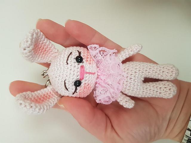 Amigurumi Minik Bebek Tarifi | Amigurumi oyuncak bebek, Bebek ... | 480x640