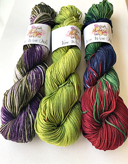 Exciting color combinations  www.yarnz2go.com