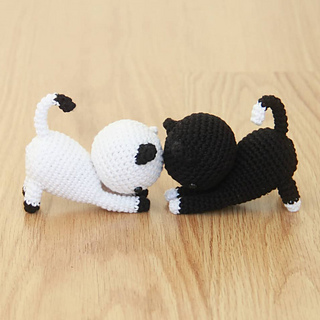 Ice Cream Big & Mini Amigurumi PDF - StringyDingDing | 320x320