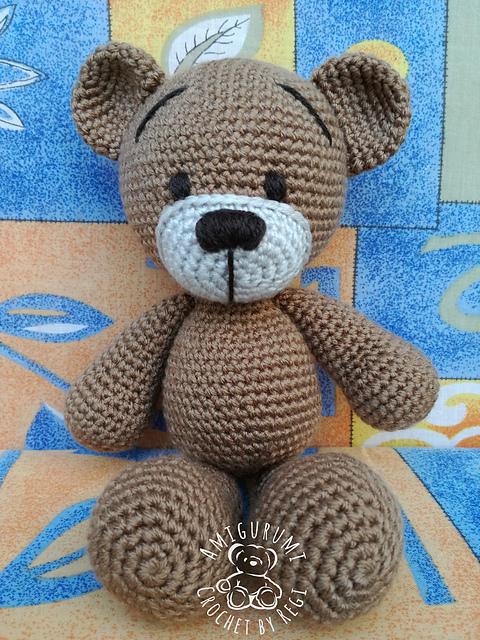Cuddle Me Bear amigurumi pattern - Amigurumi Today | 640x480