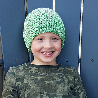 Peridot Textured Beanie Sizes Preemie to Adult Free Pattern from Oombawka Design