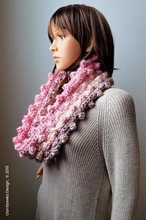 Catherine Cowl Pattern. Oombawka Design Crochet. #scarfofthemonthclub2019 November Pattern.