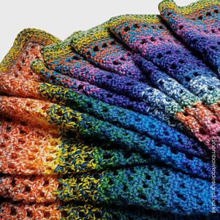 Susannah Springtide Shawl Pattern by Rhondda Mol @oombawkadesigncrochet