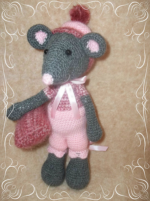 Crochet mouse couple pattern - Amigurumi Today | 640x480