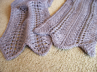 lacy waves scarf 2
